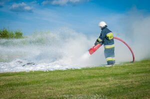 Solidne łódki dla strażaków na www.lodziestrazackie.pl